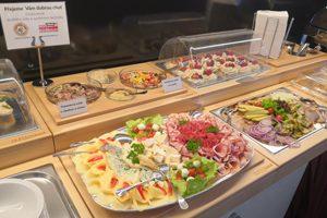 Gastro vybavení pro snídaňové a rautové stoly